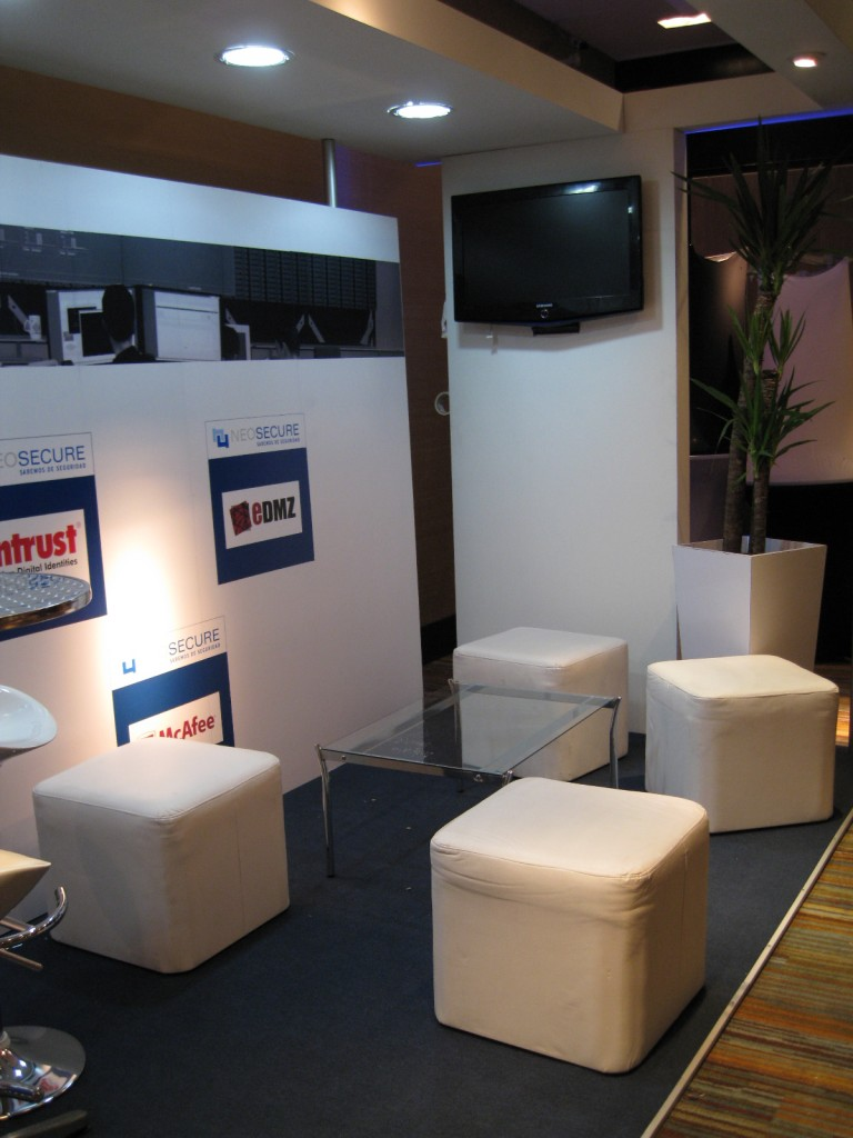 Neosecure Stand 6x2 (11)